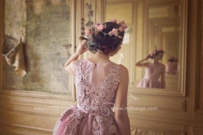 "Robe ""Hortensia"" disponible à la location : https://ambrine.fr/portfolio/location-robe-hortensia-bordeaux/"