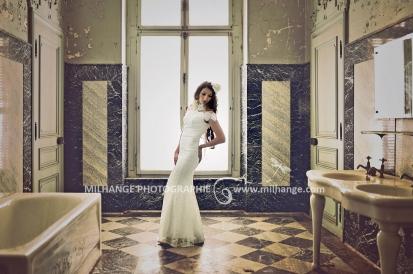 Robe disponible à la location sur ambrine.fr : https://ambrine.fr/portfolio/location-robe-serena/