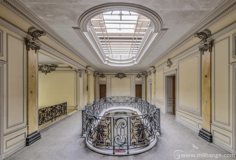 urbex-chateau-lumière-manoir-verriere-decay-abandonne-4