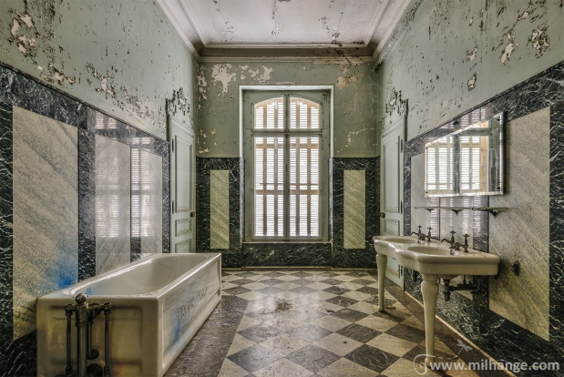urbex-chateau-lumière-manoir-verriere-decay-abandonne-6