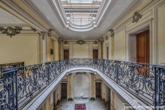 urbex-chateau-lumière-manoir-verriere-decay-abandonne-7