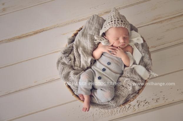 photo-bebe-naissance-nouveau-ne-maxence-bordeaux-libourne-saint-emilion-2