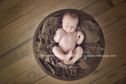 photo-bebe-nouveau-ne-naissance-bordeaux-saint-andre-de-cubzac-2
