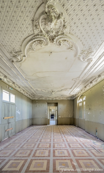 photo-urbex-chateau-du-heron-abandonne-10