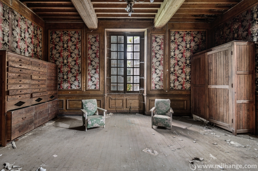 photo-urbex-chateau-renaissance-decay-lost-castle-2