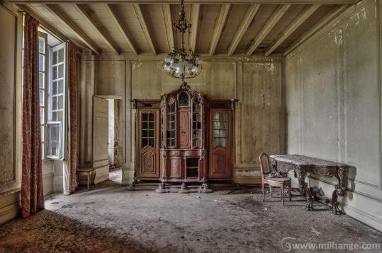 photo-urbex-chateau-renaissance-decay-lost-castle-4