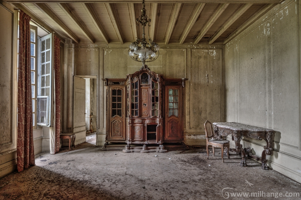 photo-urbex-chateau-renaissance-decay-lost-castle-4