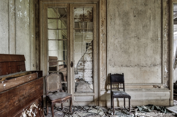 photo-urbex-chateau-renaissance-decay-lost-castle