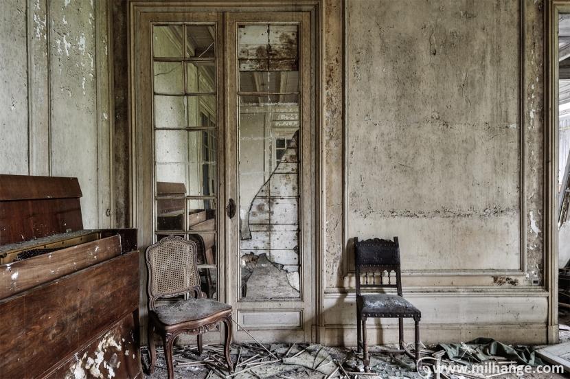 photo-urbex-chateau-renaissance-decay-lost-castle