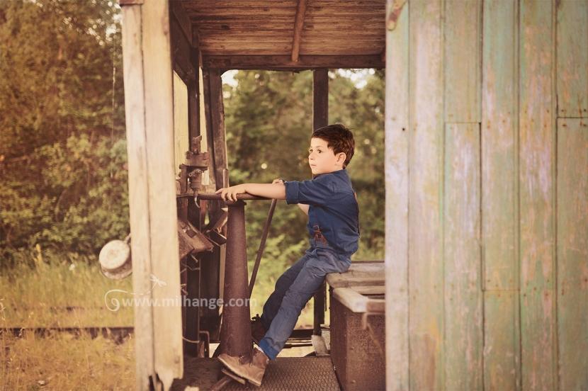 photo-enfant-gare-train-aventure-bordeaux-2