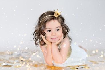 photo-enfant-petite-fille-feerie-paillettes-bordeaux-libourne