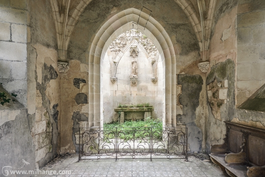 photo-urbex-chapelle-abandonnee-decay-chapel-france