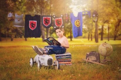 photo-enfant-super-heros-chevalier-livre-reve-aventure-bordeaux-paris
