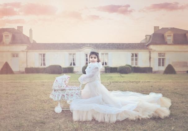 photo-petite-fille-robe-princesse-bordeaux-libourne