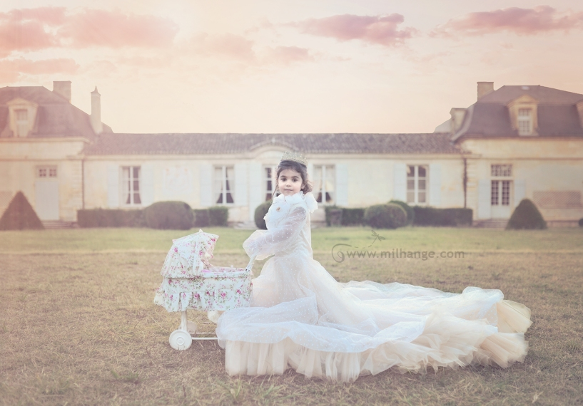photo-petite-fille-robe-princesse-bordeaux-libourne
