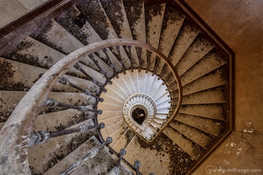photo-urbex-chateau-des-lustres-chateau-abandonne-3