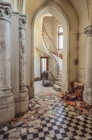 photo-urbex-chateau-des-lustres-chateau-abandonne-4