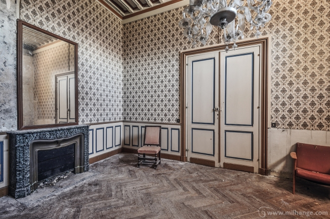 photo-urbex-chateau-des-lustres-chateau-abandonne-7