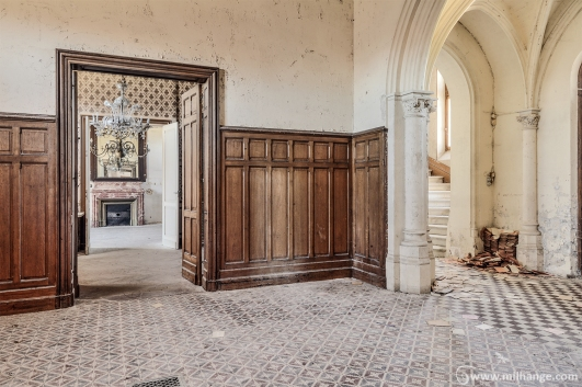 photo-urbex-chateau-des-lustres-chateau-abandonne-8
