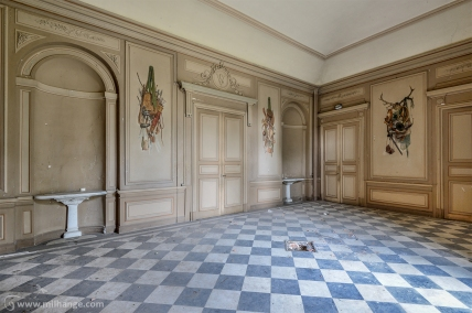photo-urbex-chateau-des-fables-abandonne-decay-13