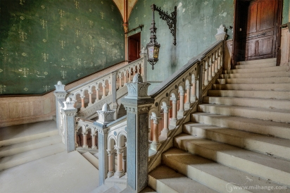 photo-urbex-chateau-dracula-abandonne-3