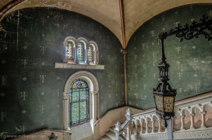 photo-urbex-chateau-dracula-abandonne-7