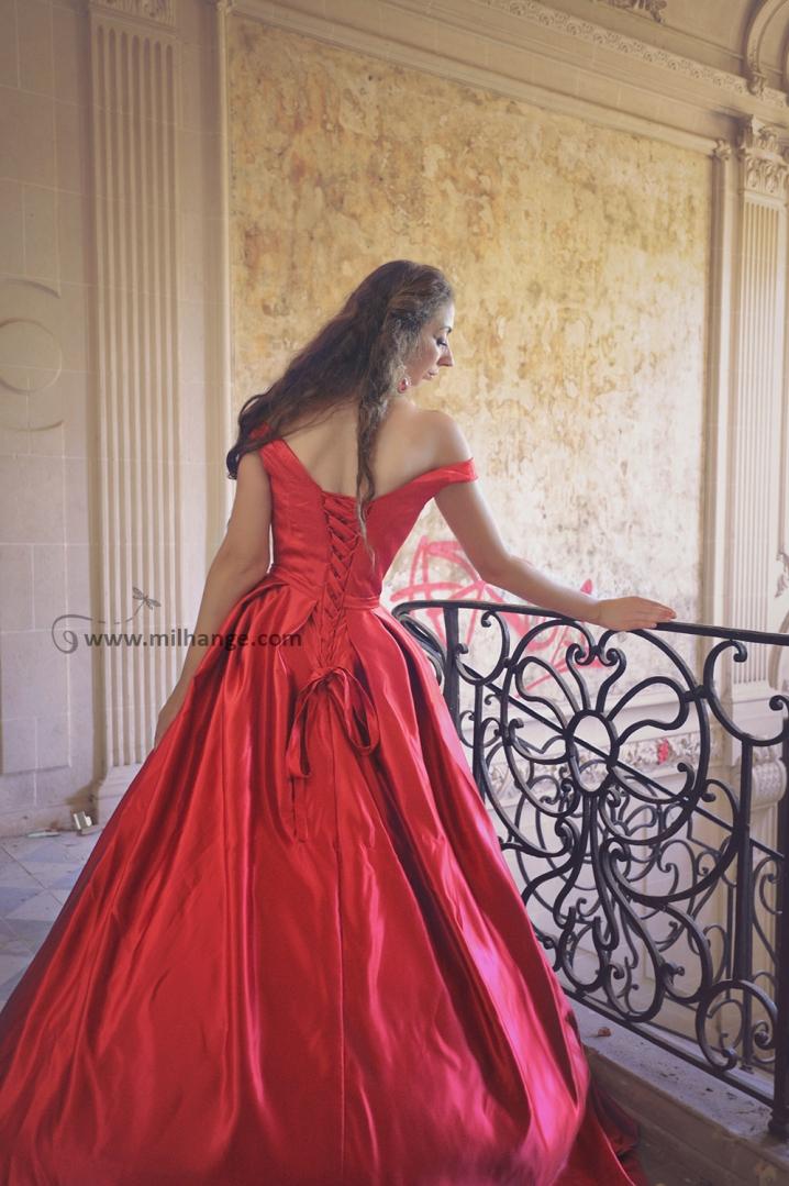 photo-robe-soirée-location-vente-chateau-abandonné-castle-decay-bordeaux-1