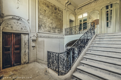 photo-urbex-chateau-abandonne-chateau-hublot-france-5