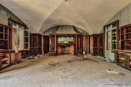 photo-urbex-chateau-abandonne-chateau-hublot-france