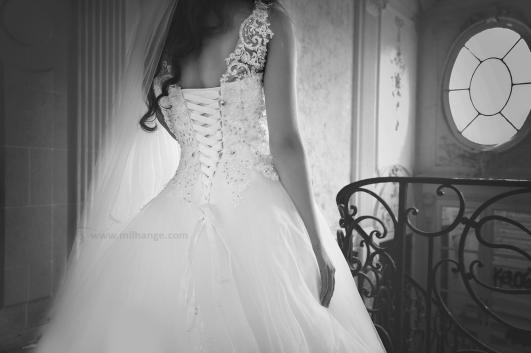 Robe-mariee-mariage-location-Bordeaux-urbex-chateau hublot-1