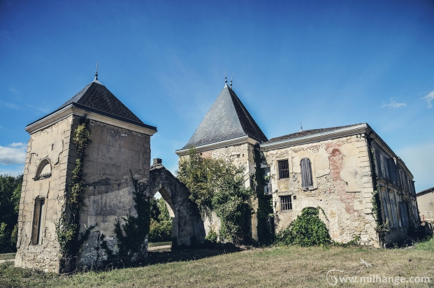photo-chateau-abandonne-bacchus-lost-castle-11