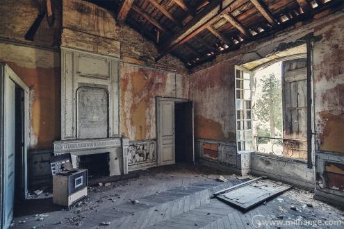 photo-chateau-abandonne-bacchus-lost-castle-3