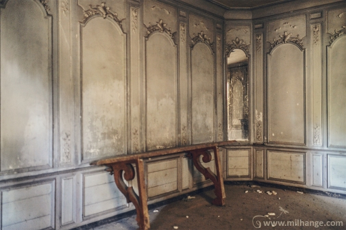 photo-chateau-abandonne-bacchus-lost-castle-8