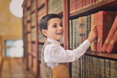 photo-enfant-lecture-bibliohtèque-livre-voyage-photographe-gironde-milhange-6