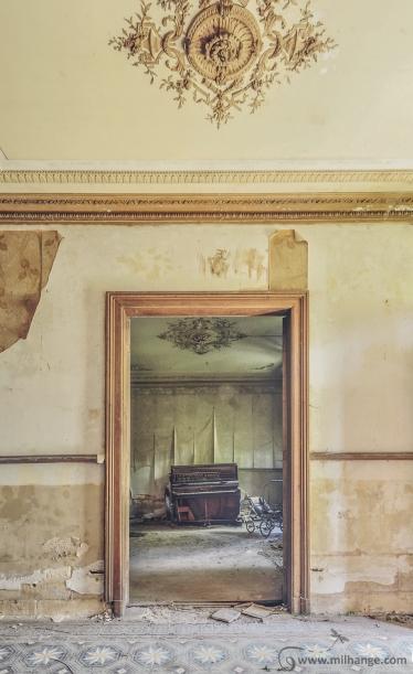 photo-urbex-chateau-de-luce-abandonne-aquitaine-18