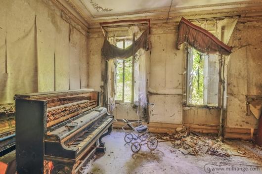 photo-urbex-chateau-de-luce-abandonne-aquitaine-19