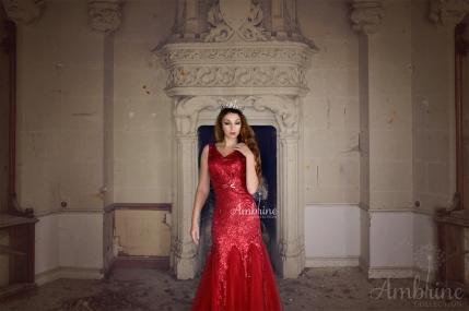 location-robe-bordeaux-rubis-chateau-princesse-ambrine