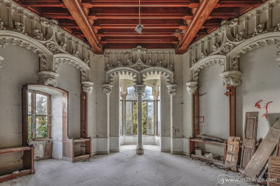photo-abandoned-castle-chateau-abandonne-de-la-princesse-4