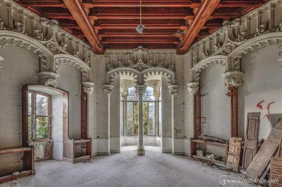 photo-abandoned-castle-chateau-abandonne-de-la-princesse-4