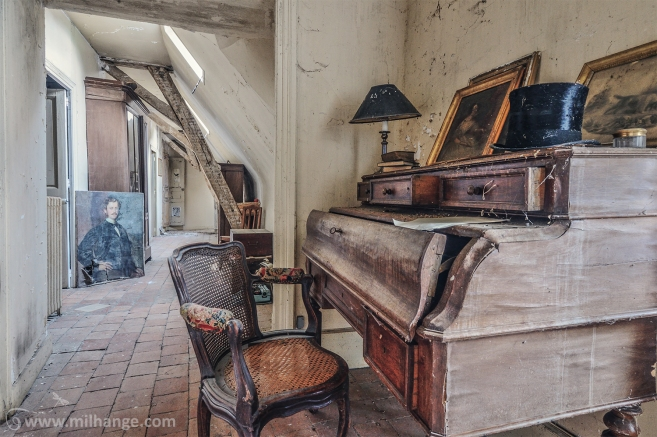 photo-chateau-soldat-de-plomb-lost-castle-decay-4