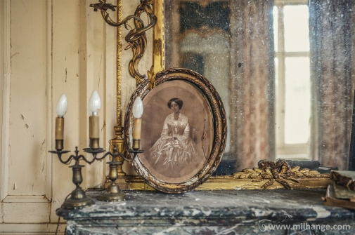 photo-chateau-soldat-de-plomb-lost-castle-decay-7