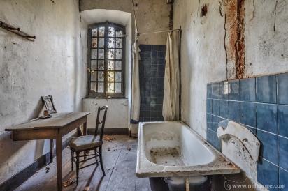 photo-chateau-baldaquin-lost-castle-decay