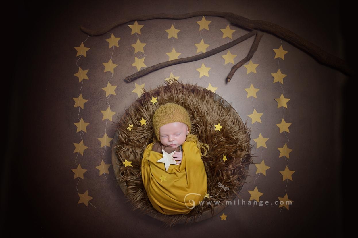 photographe-saintes-bebe-nouveau-ne-grossesse-bordeaux-tipi-posing.3
