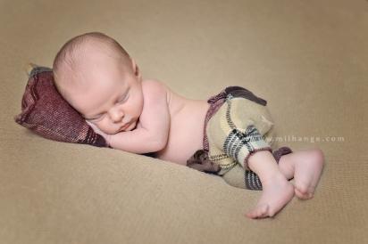 photographe-saintes-bebe-nouveau-ne-grossesse-bordeaux-tipi-posing.4