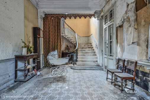 photo-urbex-manoir-au-landau-abandonne-decay
