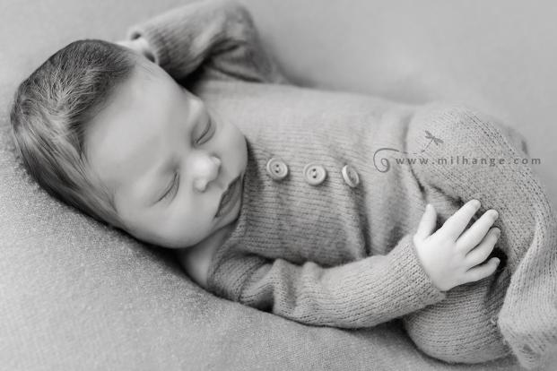 photo-bebe-nouveau-ne-naissance-bordeaux-saint-andre-de-cubzac-15
