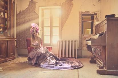 photo-urbex-chateau-abandonne-chimeres-robe-poesie-bordeaux-2