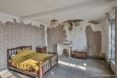 photo-urbex-chateau-des-chimeres-medecin-chateau-abandonne-7