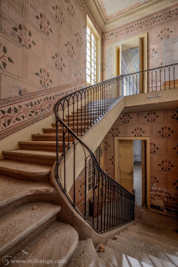 photo-urbex-chateau-pv-abandonne-temple-olympe-5