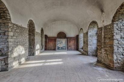 photo-urbex-prieure-de-venus-abbaye-chapelle-cloitre-abandonnee-6
